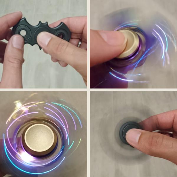 Fidget Spinner - Batman und glänzend in verschiedenen Farben; erhältlich bei Amazon